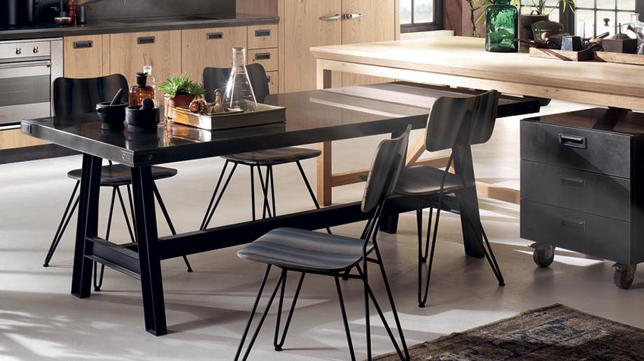 5926_tavolo_misfit-table_03